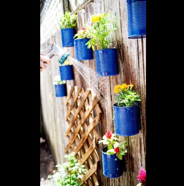 jardim vertical com lata