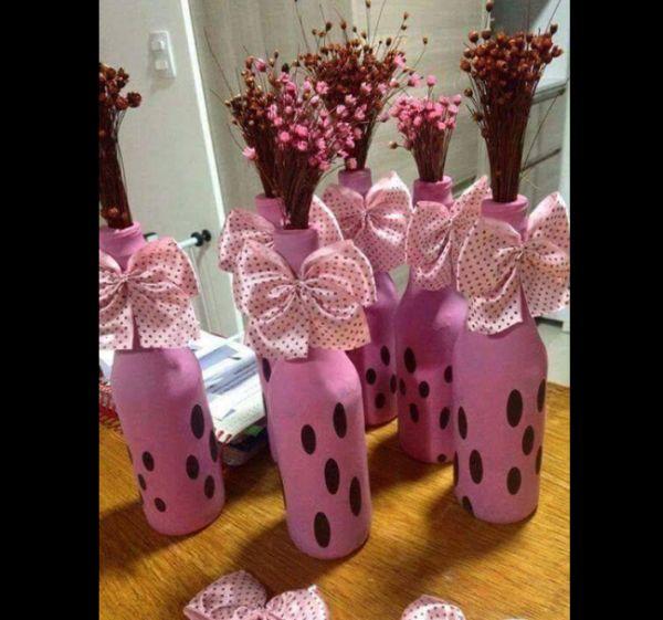 garrafa de vidro rosa