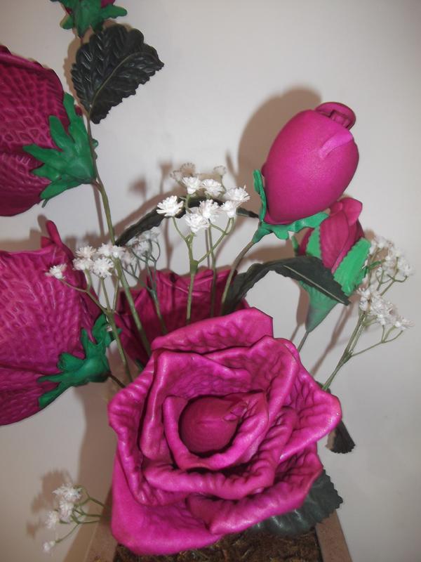 flor em EVA em arranjo