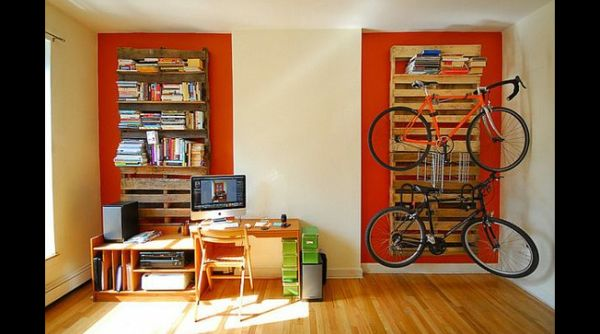 decor com pallets bicicleta