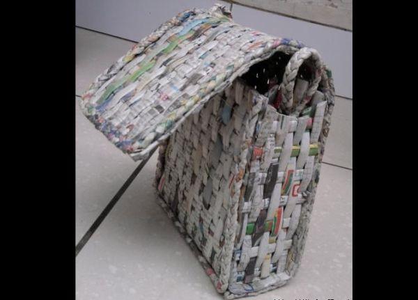 artesanato de jornal bolsa