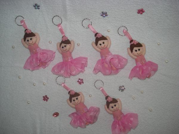 bailarina de feltro chaveiro