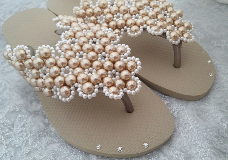 chinelo decorado strass