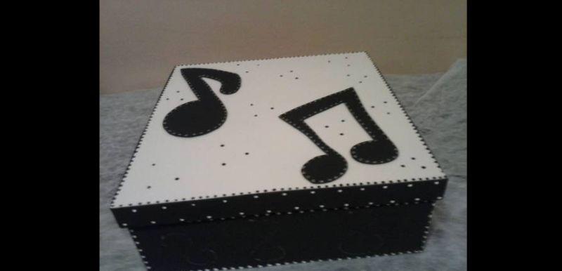 caixa decorada musical