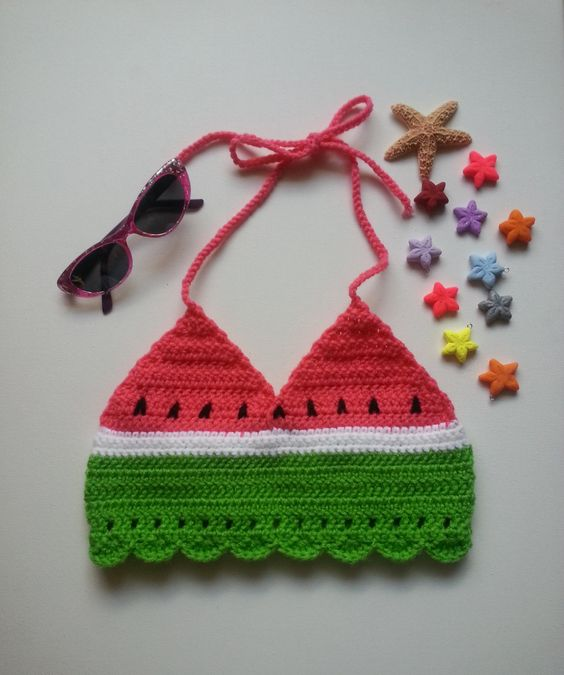 modelo de cropped de croche infantil