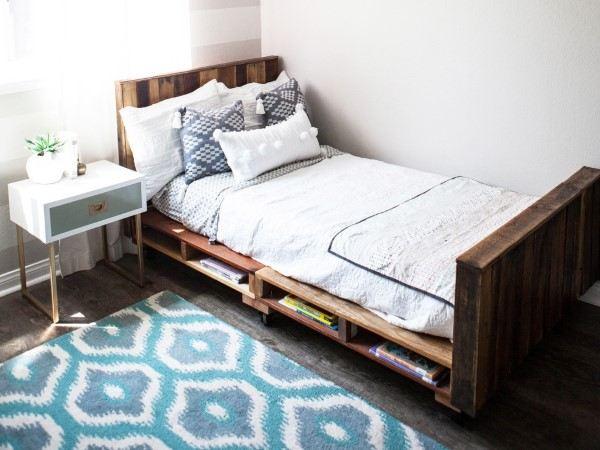 paletes cama envernizada