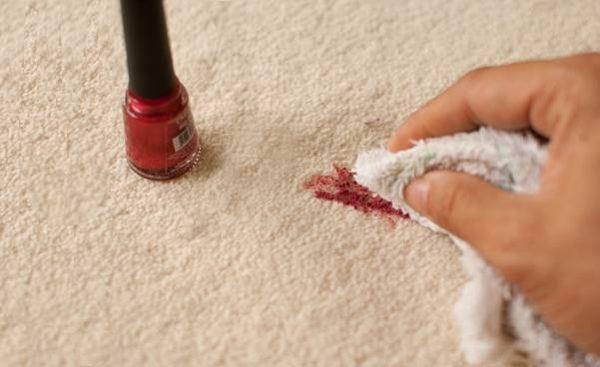 como tirar esmalte de tecido