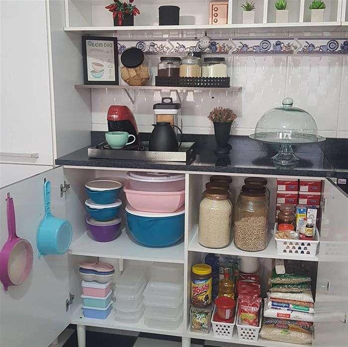 como organizar armário de cozinha planejado