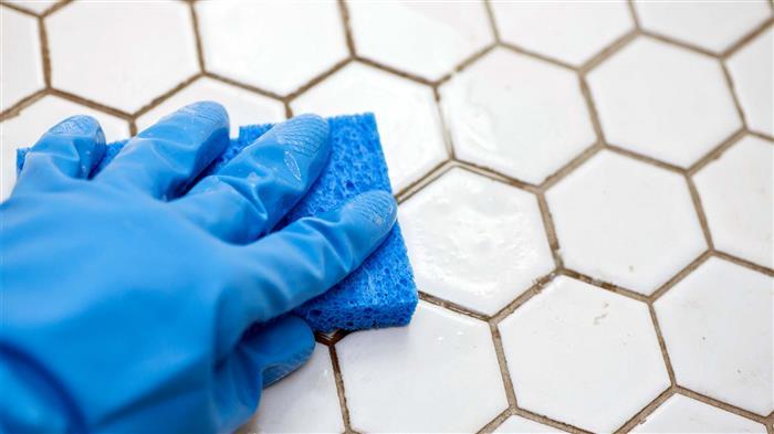 como limpar rejunte de banheiro encardido